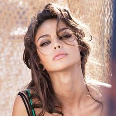 madalina ghenea wiki - photo #25