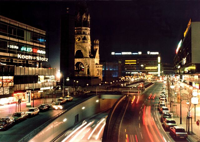 File:Berlin-city-night.jpg