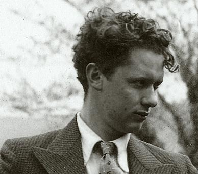 File:Dylan Thomas.jpg