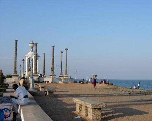 File:Pondicherry-beach-photos-13.jpg