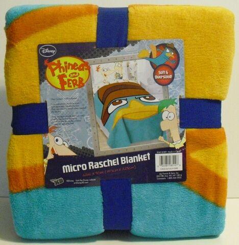 File:Agent P ovesized micro raschel blanket.jpg