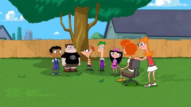 File:Candace realizes the ninja outfits are gone.jpg