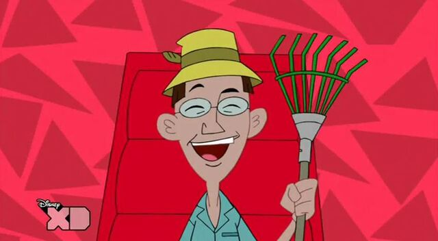 File:Got any leaves i love to rake em.JPG