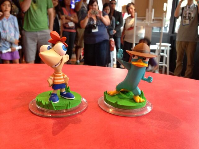 File:Disney infinity comic con 2013 10.jpg