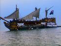 Dauntlessbarge