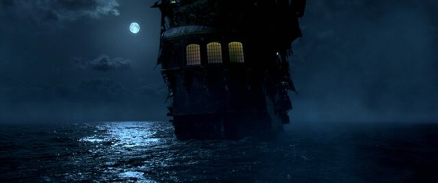 File:CotBPBlackPearlsailsinthemoonlight.jpg