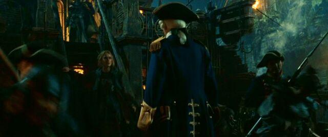 File:Norrington va vaire Elizabeth.jpg