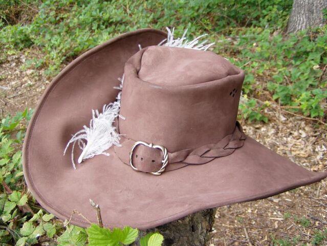 File:Plumed Hat.jpg