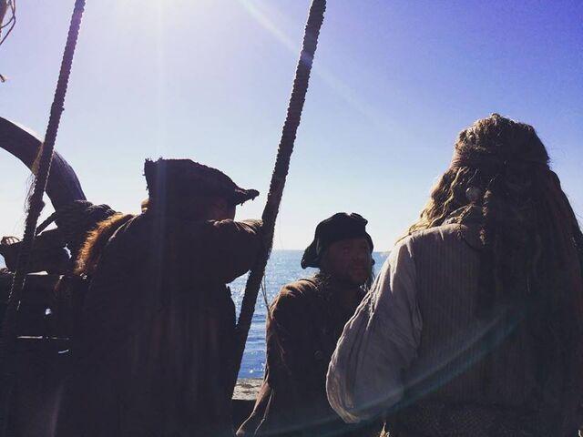 File:Jack-DMTNT-Filming.jpg