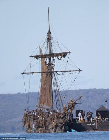 File:Dying-Gull-Pirates5.jpg