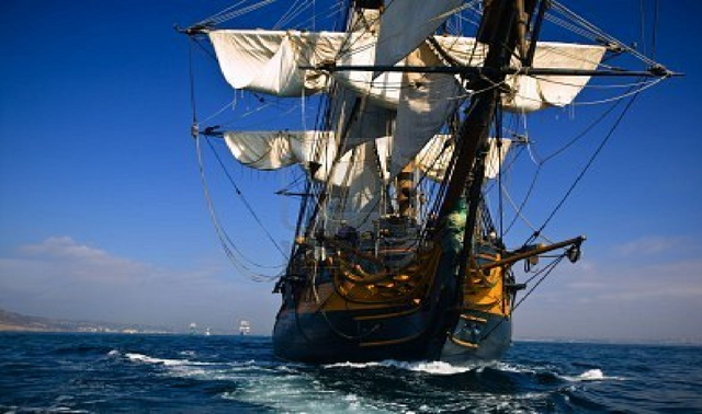 File:The hms surprise at full sail.png