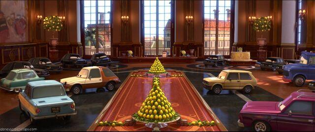 File:Cars2-disneyscreencaps.com-7768.jpg
