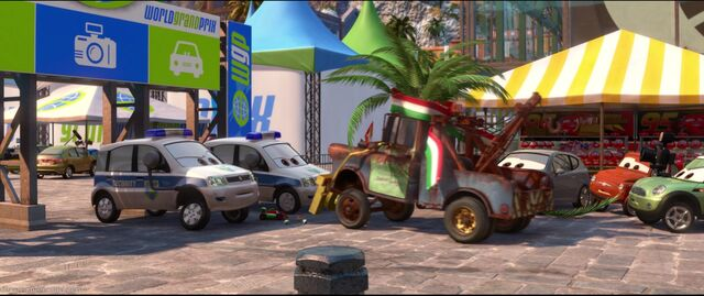 File:Cars2-disneyscreencaps.com-8613.jpg