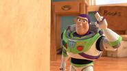 Buzz0040