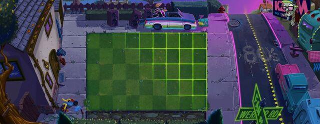 File:Pvz2 80s peek lawn.jpg