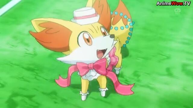 File:Serena Fennekin showcase.JPG