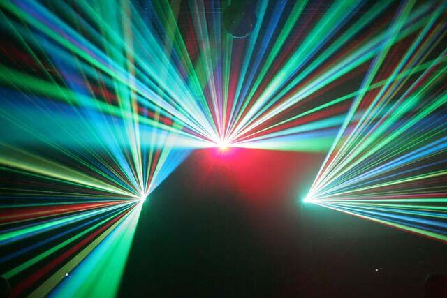 File:Lasershow.jpg