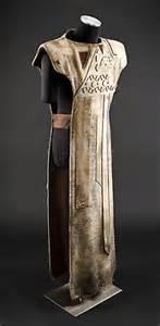 Sylvaniis.Robes