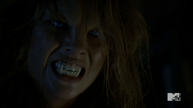 File:001Teen Wolf Season 4 Episode 4 The Benefactor Malia struggles with transformation.png
