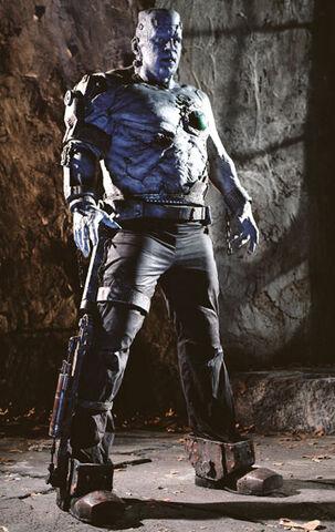 File:Van Helsing Frankenstein Monster.jpg