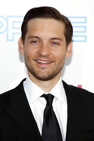 File:Tobey Maguire at 2ec0.jpg