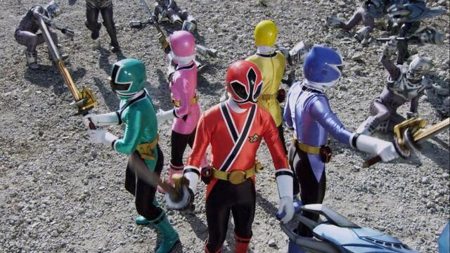 File:Super Mega Rangers as Samurai Rangers.jpg