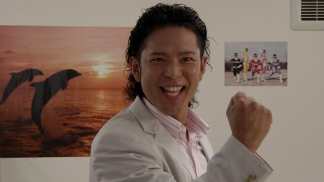 File:Kenta Date in Gokaiger.jpg