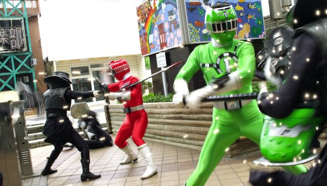 File:ToQger 15 - Red & Green Swap.jpg