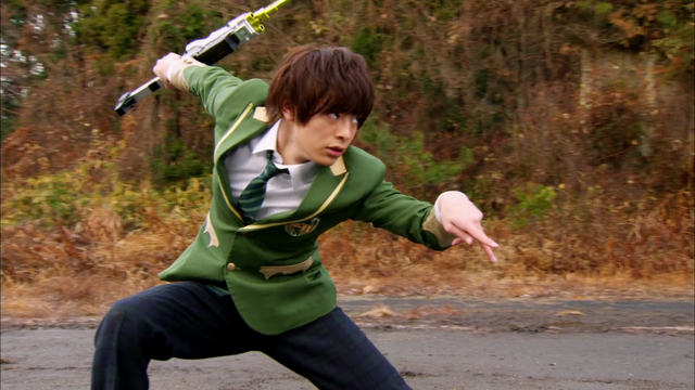 File:Kyoryuger Episode03.png