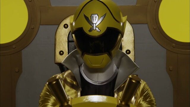 File:Gokaiger Yellow cockpit.jpg
