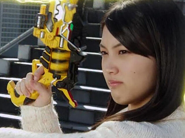 File:Amyyuzuki.jpg