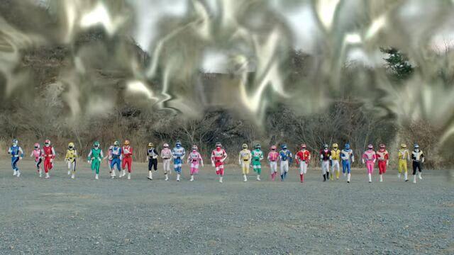 File:Dimensional wall - Flashman, Changeman, Bioman, Dynaman, Turboranger.jpg