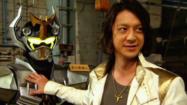 File:Jin(Kyoryuger).jpg