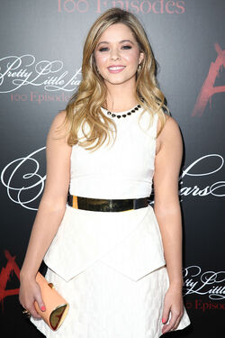 Sasha-Pieterse-at-Pretty-Little-Liars-100th-Episode-Celebration-Party-3