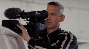3x4 Cameraman