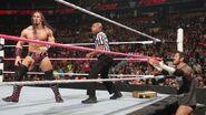 October 5, 2015 Monday Night RAW.14