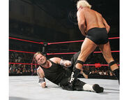 Raw-5-2-2007-24
