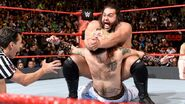 11.21.16 Raw.28