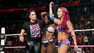 October 5, 2015 Monday Night RAW.54