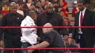 Floyd Mayweather vs Big Show.00014