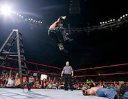 August 29, 2005 Raw.13