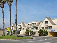 05941 b1 Sunset Beach, California
