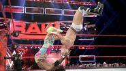 11.21.16 Raw.8