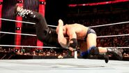 February 8, 2016 Monday Night RAW.26