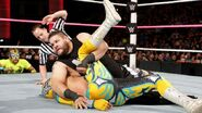 October 5, 2015 Monday Night RAW.35