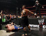 Raw-5June2006.18