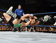 Smackdown-9-June-2006.31