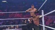 WWESUPERSTARS 102711 24