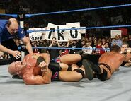Smackdown-14April2006-33