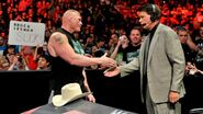 Lesnar's apology (4)